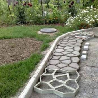 Creative Diy Garden Walkways Ideas For Stunning Home Yard09