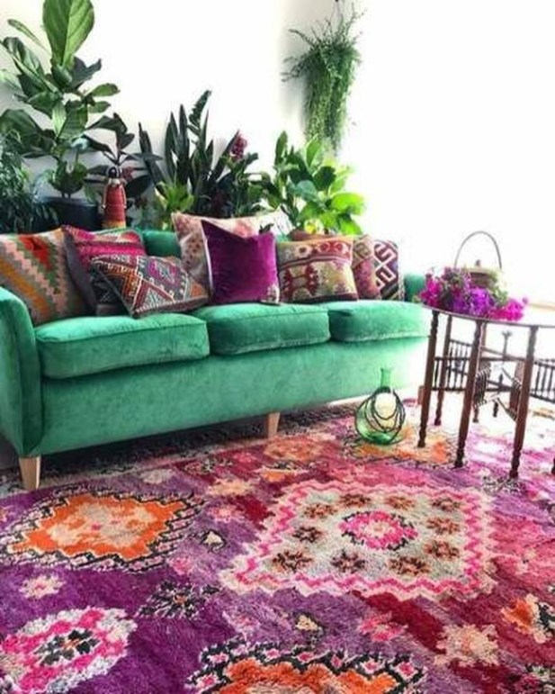Awesome Living Room Green And Purple Interior Color Ideas42