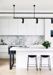 Best Monochrome Kitchen Theme Ideas For Decoration39