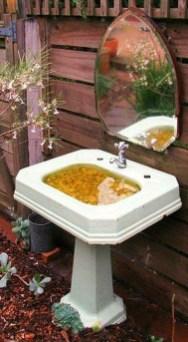 Bird Bath Design Ideas For Your Backyard Inspiration30