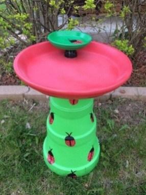 Bird Bath Design Ideas For Your Backyard Inspiration35