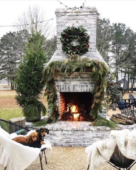Perfect Fire Pit Design Ideas For Winter Season Decoration24