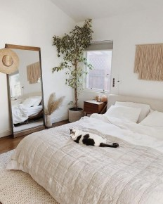 Simple Bedroom Decorating Ideas That Feel Spacious38