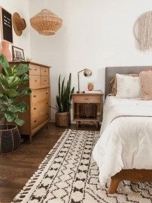 Simple Bedroom Decorating Ideas That Feel Spacious40