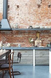 Wonderful Industrial Kitchen Shelf Design Ideas To Organize Your Kitchen05