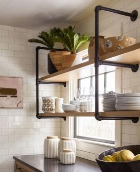 Wonderful Industrial Kitchen Shelf Design Ideas To Organize Your Kitchen35