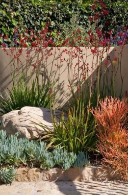 Beautiful Flower Beds Ideas For Home34