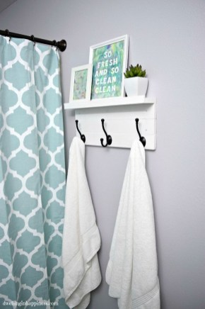 Brilliant Bathroom Decor Ideas On A Budget18