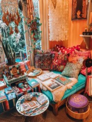 Charming Boho Living Room Decorating Ideas With Gypsy Style20