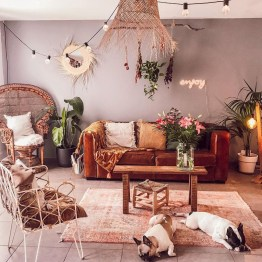 Charming Boho Living Room Decorating Ideas With Gypsy Style31