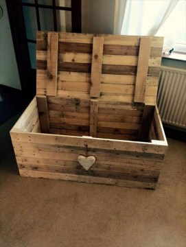 Cozy Wood Project Design Ideas45