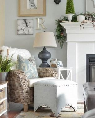 Elegant Coastal Themed Living Room Decorating Ideas09