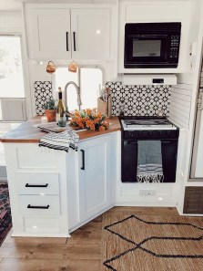 Enchanting Kitchen Design Ideas For Small Spaces01