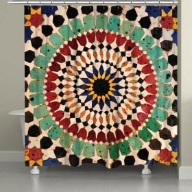 Fabulous Bathroom Design Ideas With Boho Curtains04