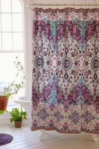 Fabulous Bathroom Design Ideas With Boho Curtains30