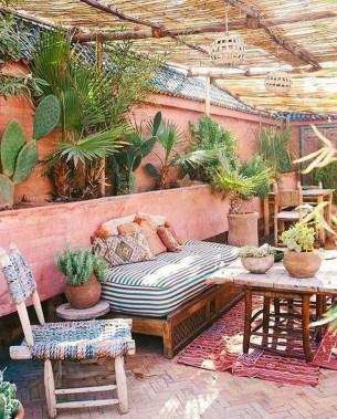 Inspiring Boho Outdoor Decorating Ideas For Backyard18