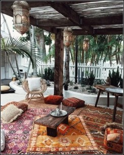 Inspiring Boho Outdoor Decorating Ideas For Backyard28
