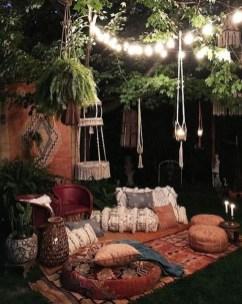 Inspiring Boho Outdoor Decorating Ideas For Backyard32