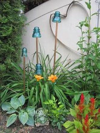 Unique Garden Decorating Ideas18