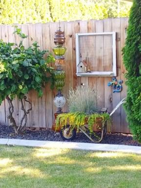 Unique Garden Decorating Ideas36