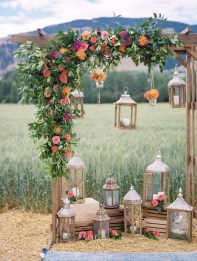 Unordinary Wedding Backdrop Decoration Ideas13