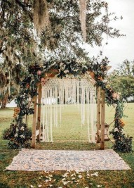 Unordinary Wedding Backdrop Decoration Ideas31