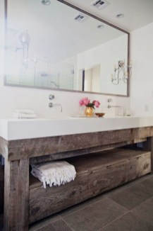 Vintage Farmhouse Bathroom Decor Design Ideas30