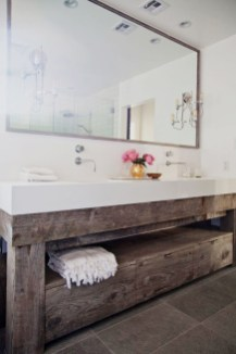 Vintage Farmhouse Bathroom Decor Design Ideas30