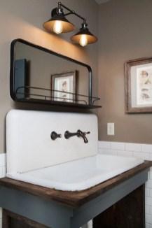 Vintage Farmhouse Bathroom Decor Design Ideas32