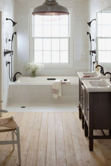 Vintage Farmhouse Bathroom Decor Design Ideas37
