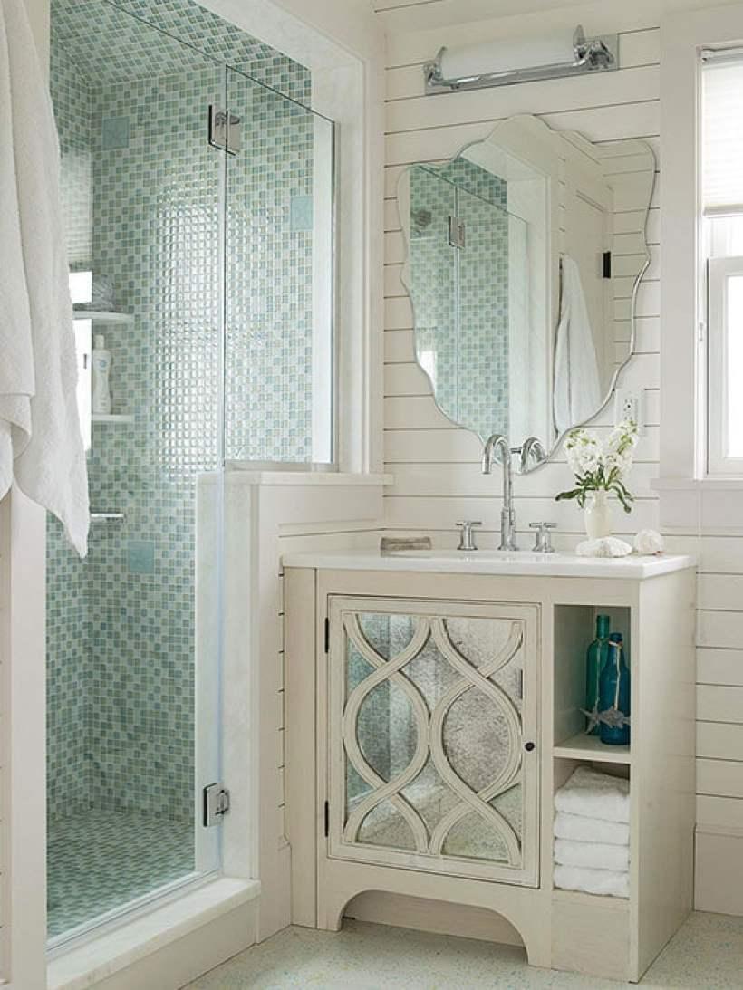 Mosaic Tile in Walk in Shower