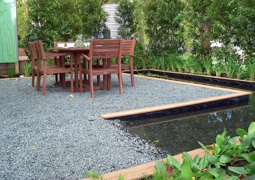 Relaxing Pea Gravel with Waterside