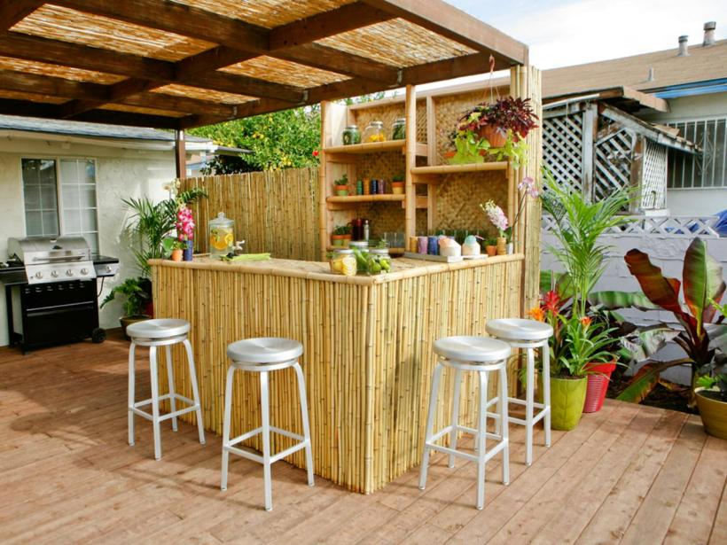 Stylish Outdoor Bamboo Bar
