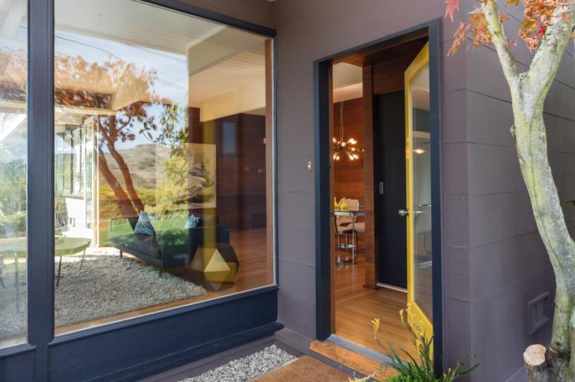Full-Glazed Door for Instant Wow Factor