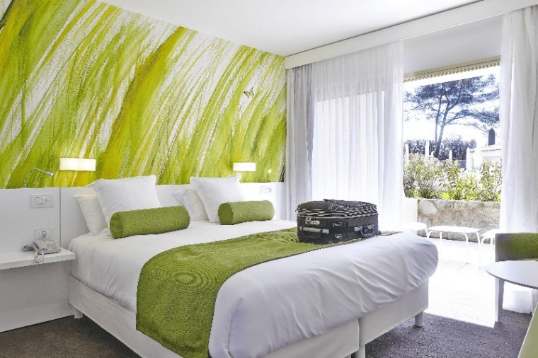 LA_VAGUE_DE_SAINT_PAUL,_Superior_room
