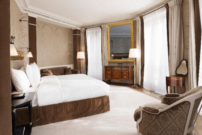 La-Reserve-Paris-Hotel-Ambassador-Suite