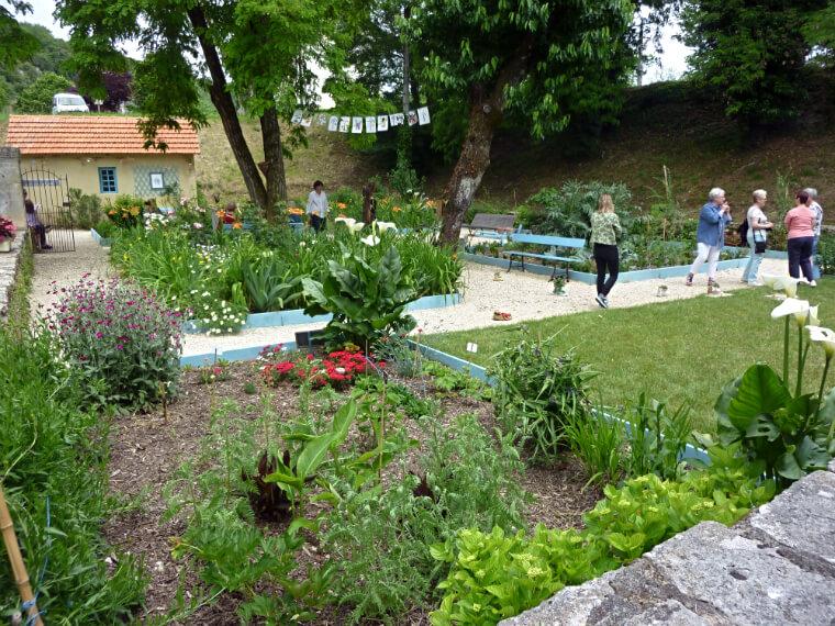 Cahors : art et botanique Jardin des murs.