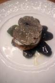 Tartelette de saint-jacques au truffe sur son lit de salade