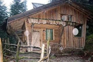 Les Cabanes