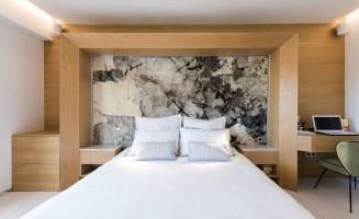5. Tête de lit en marbre, MDY