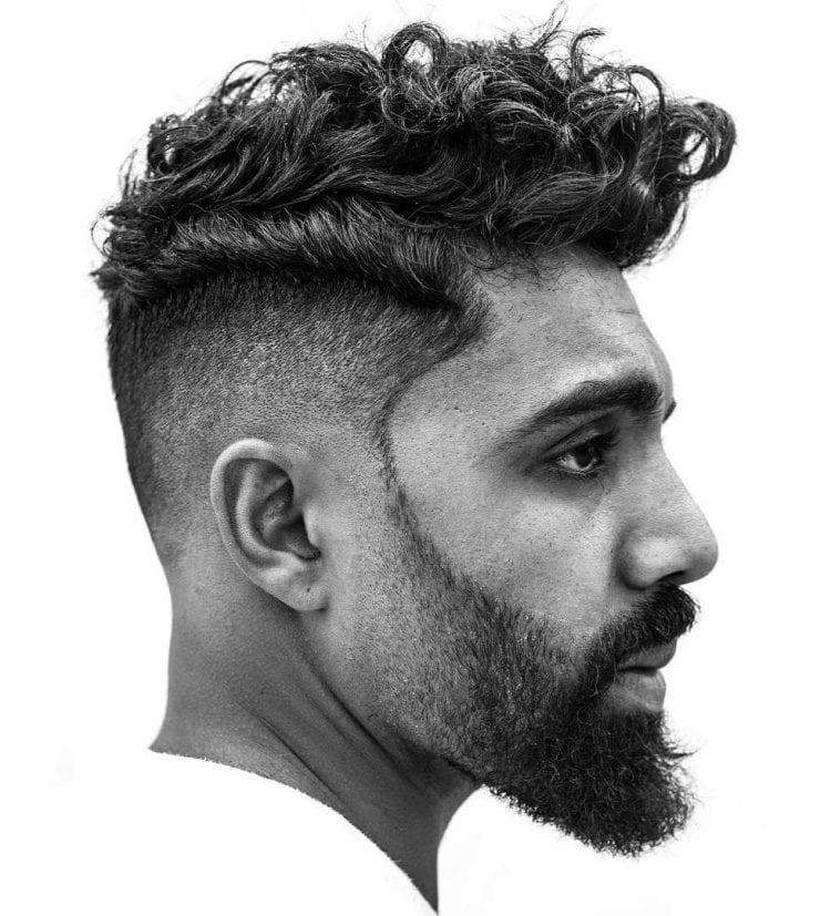Coiffures Cheveux Bouclés pour Homme 41