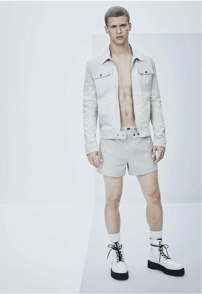 veste en jean et short court homme Calvin Klein