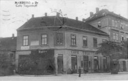 Pri železniški postaji pred letom 1918