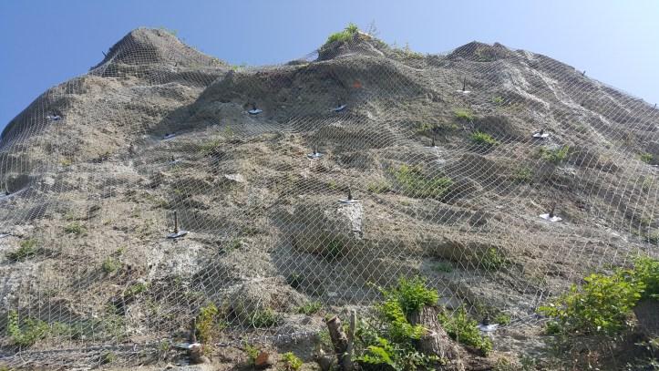 Pečina na grebenu Kalvarije