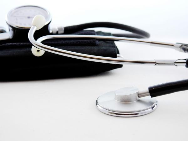 Ärztliche Homöopathie immer mehr unter Druck: Uni Tübingen und Robert-Bosch-Stiftung sagen Nein zur Homöopathie