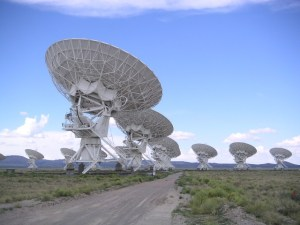 Very Large Array κοντά στο Socorro, Νέο Μεξικό, ΗΠΑ (CC BY SA 2.0 Wikipedia, user:Hajor)