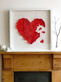 Beautiful Valentine Wall Decor And Color Ideas 33