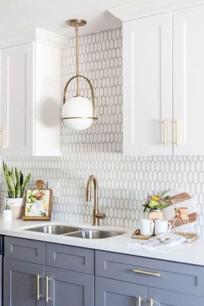 Stunning White Kitchen Design Ideas 04