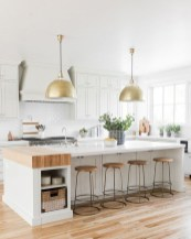 Stunning White Kitchen Design Ideas 07
