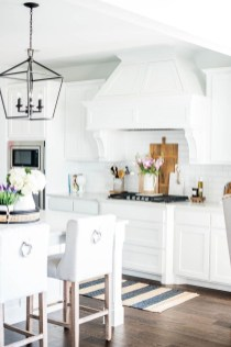 Stunning White Kitchen Design Ideas 09